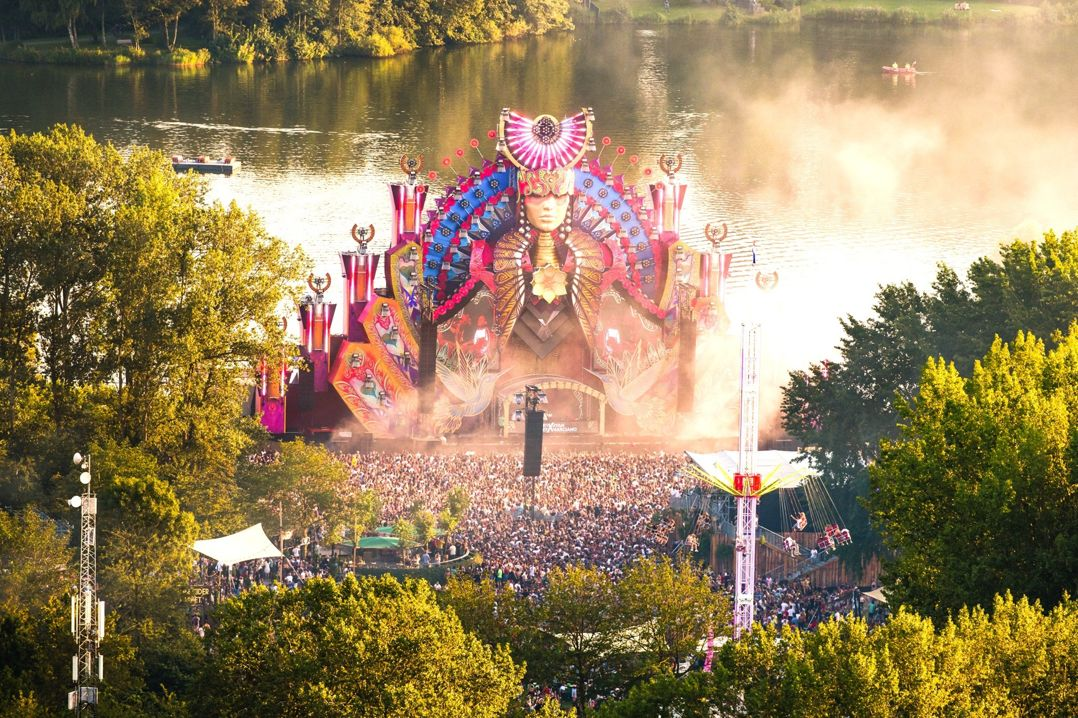 Mysteryland Bustour Partybus